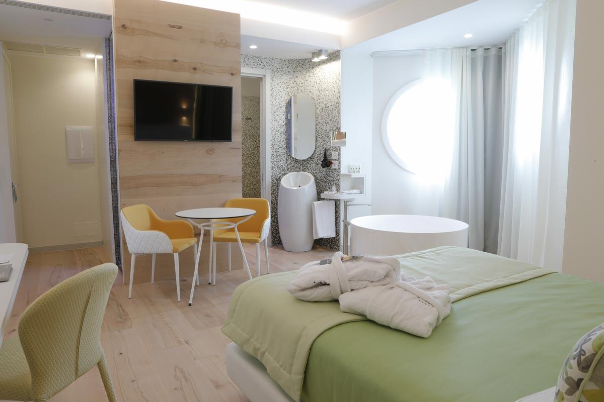 Astrea_Rooms-Junior-Suite